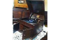 starinnyy-grammofon