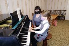 Маналатьева Екатерина учащаяся 1 класса фотепианного отдела преподаватель Берлад М.Н.